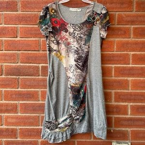 Short-Sleeve Colourful & Grey Embroidered Dress